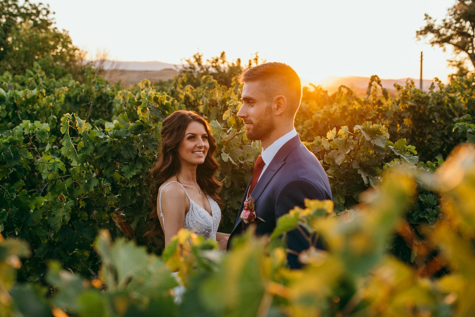 Градинска сватба Естера Вини